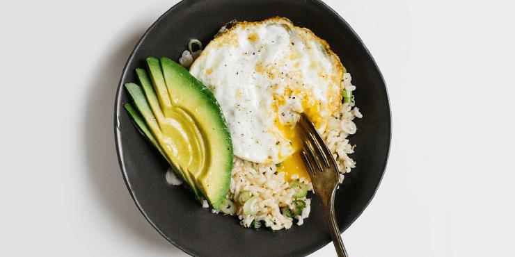 10 Comidas saludables que te AYUDARÁN A ADELGAZAR 3
