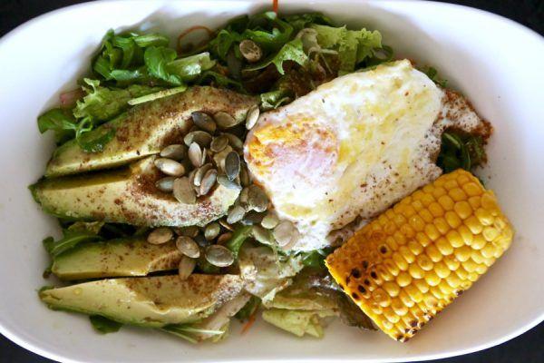 Receta de ensalada de semillas, aguacate y huevo . Ideal para perder peso 3