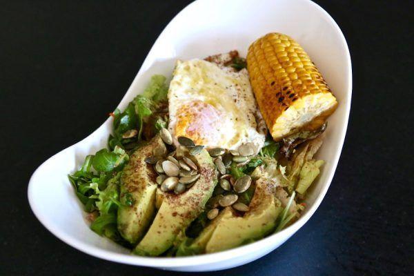 Receta de ensalada de semillas, aguacate y huevo . Ideal para perder peso 2