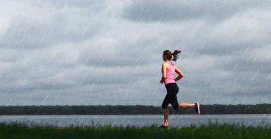 Cómo correr bajo la lluvia (¿es una mala idea?)