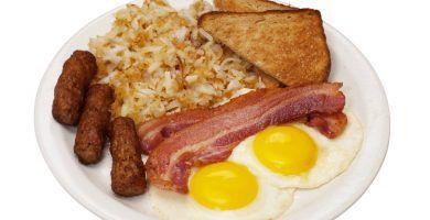 La comida con alto contenido de grasas saturadas es perjudicial para el corazón 8